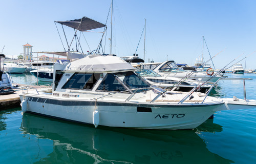 Моторная яхта «Лето»