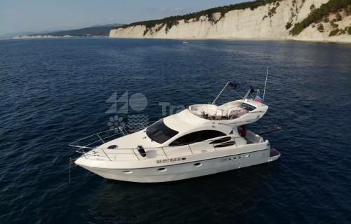 Яхта Azimut 39